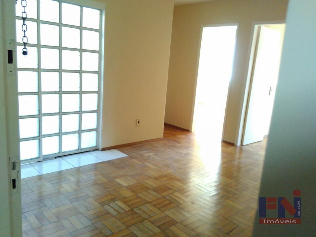 Apartamento de 2 dormitórios com Churrasqueira